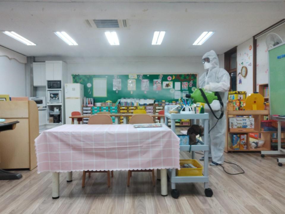 [일반] 코로나19감염예방특별방역실시(월2회) 학교시설전체실시의 첨부이미지 2