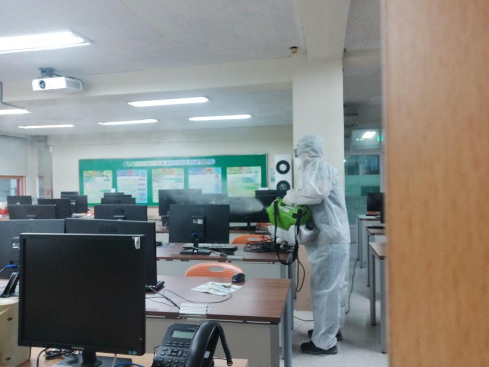 [일반] 코로나19감염예방특별방역실시(월2회) 학교시설전체실시의 첨부이미지 4