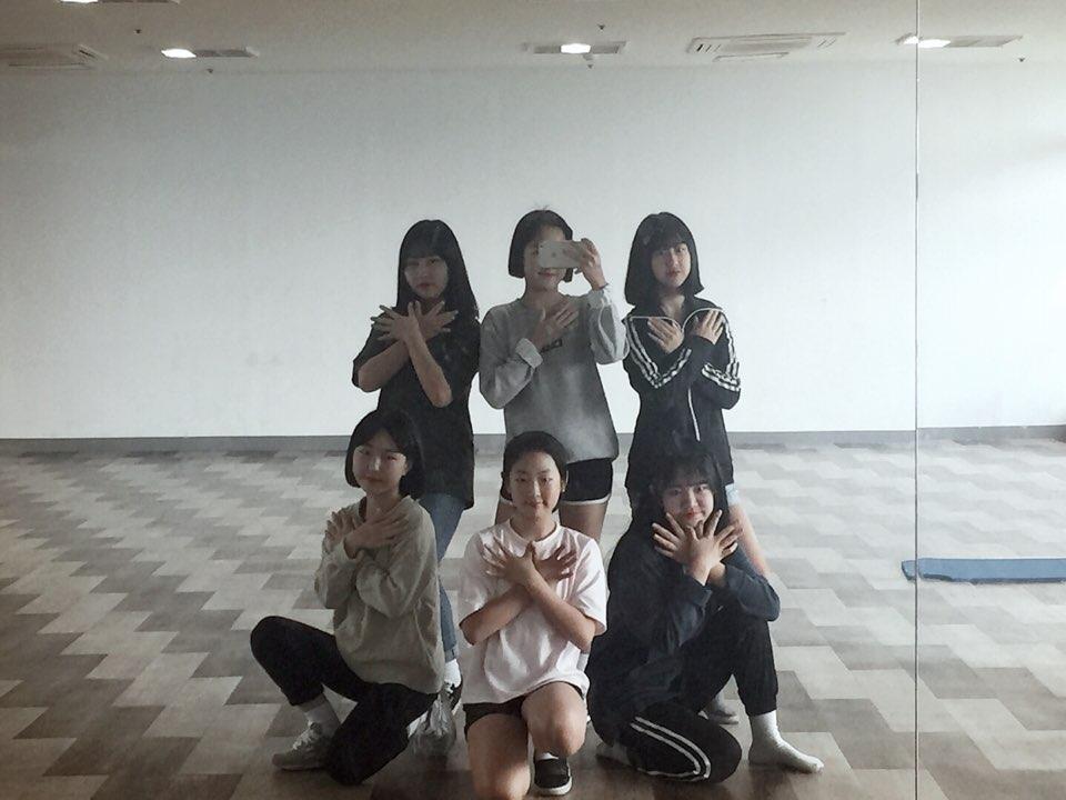 [일반] 1학년 댄스반 자율동아리 활동모습의 첨부이미지 1