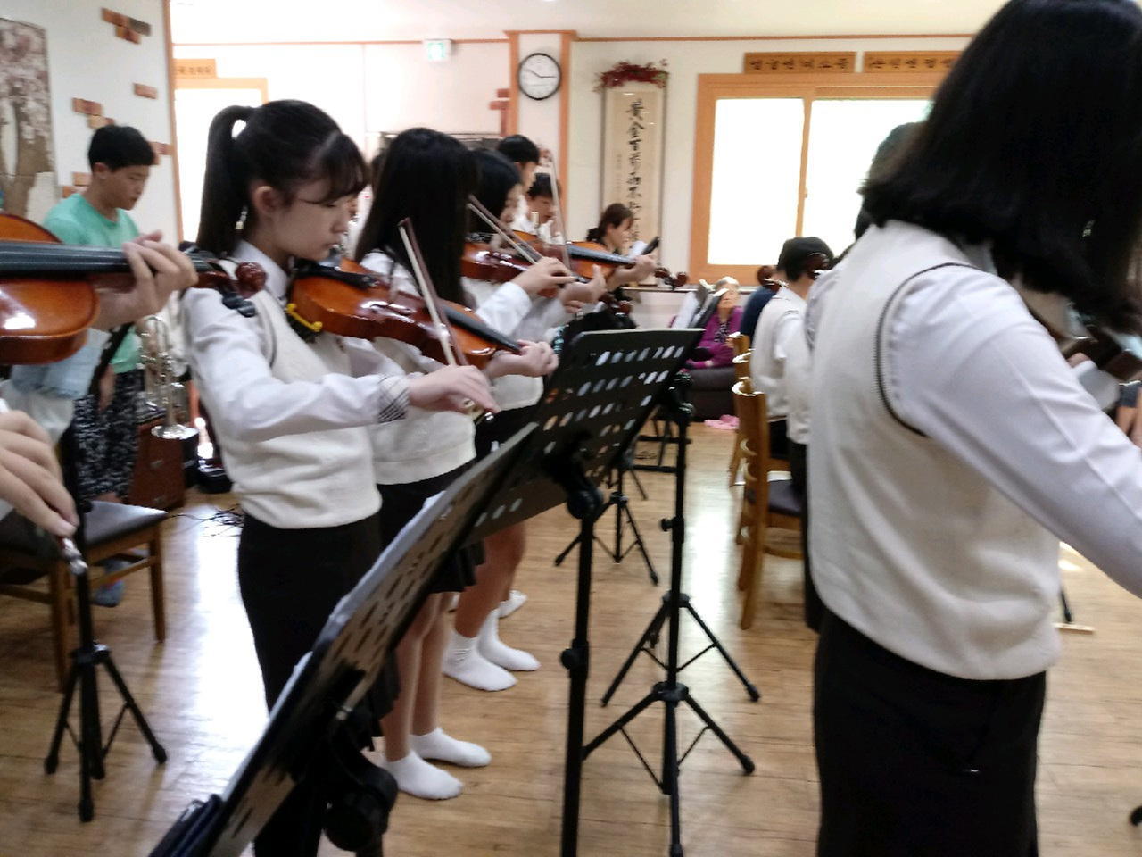 [일반] 오케스트라봉사활동의 첨부이미지 2