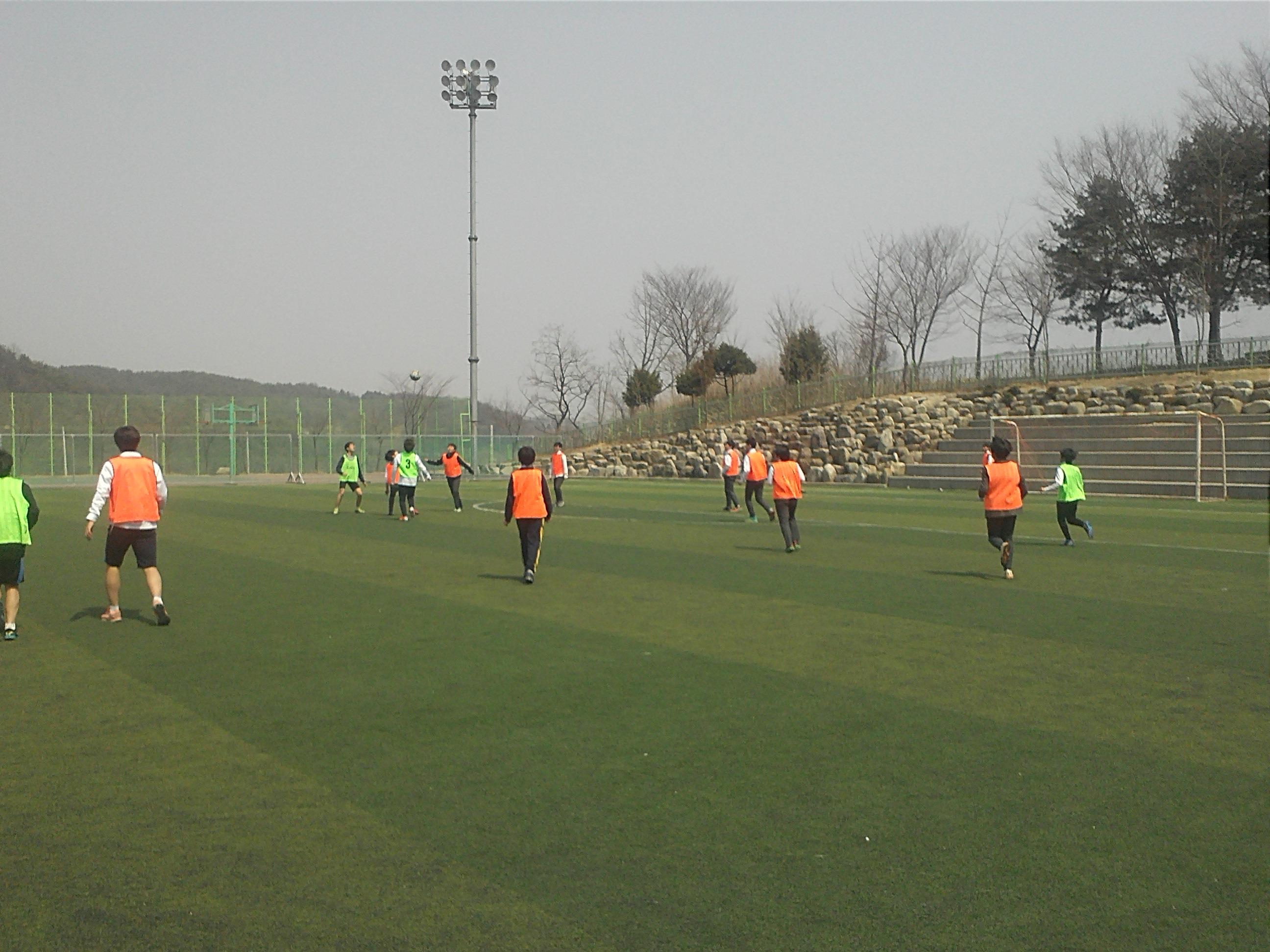 [일반] 배려와 나눔이 있는 2013학교장배 학교스포츠클럽대회의 첨부이미지 8