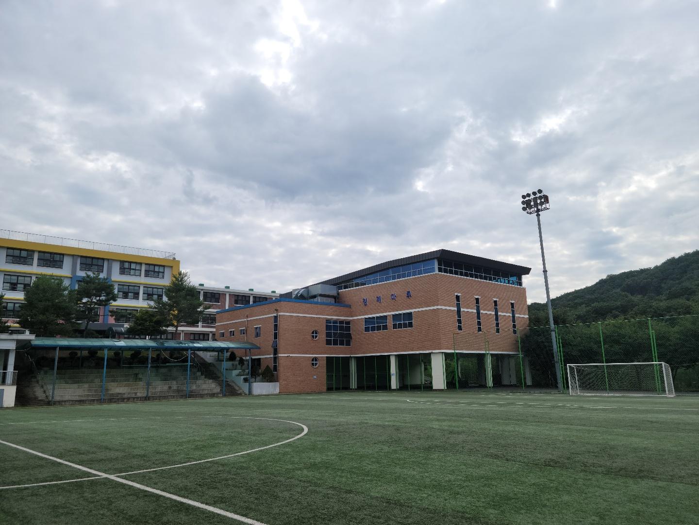 [일반] 일동중학교 체육관입니다.의 첨부이미지 2