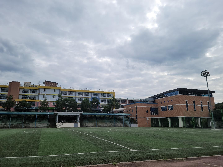 [일반] 일동중학교 체육관입니다.의 첨부이미지 3