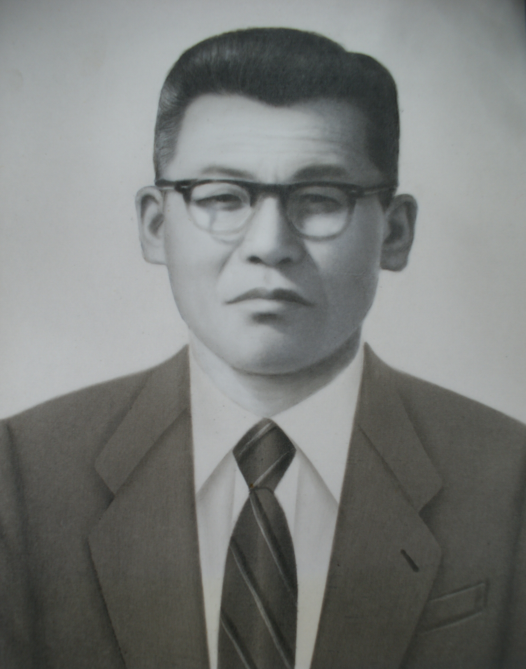 [일반] 제6대 김윤식교장선생님의 첨부이미지 1