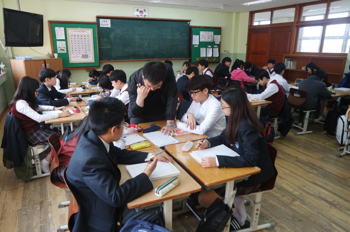 [일반] 2016년도 송우중학교 수업공개의 날의 첨부이미지 8