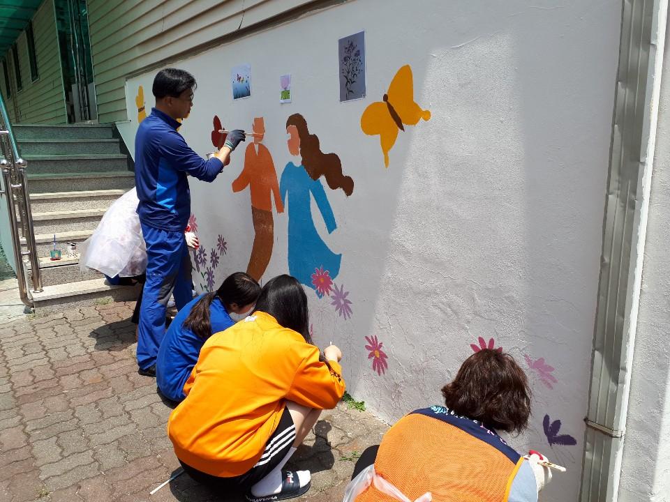 [일반] 2019 경기도 생명사랑 벽화그리기(자원봉사센터와 함께)의 첨부이미지 5