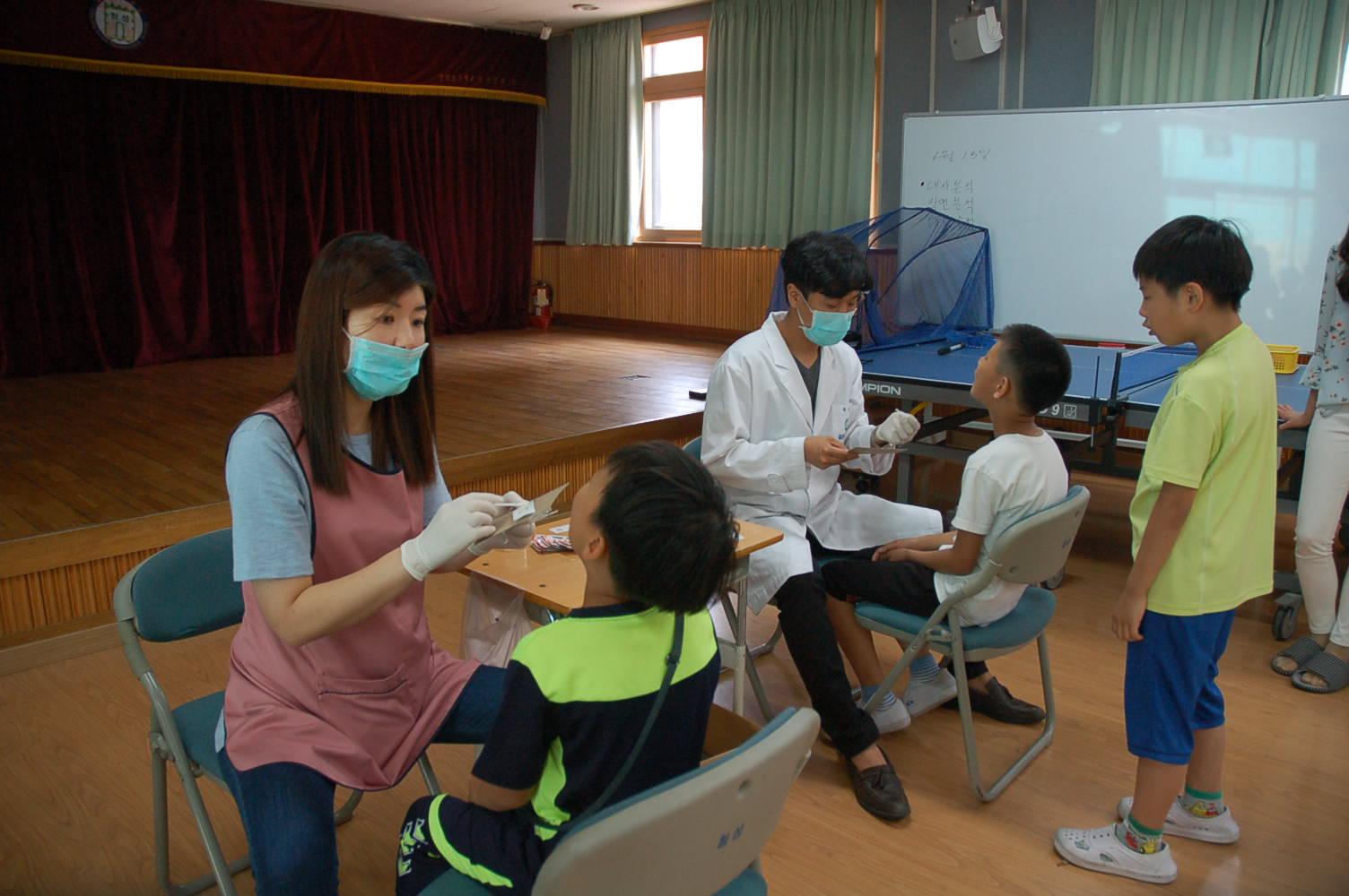 [일반] 불소이온도포 및 구강 위생관리 교육 실시의 첨부이미지 4
