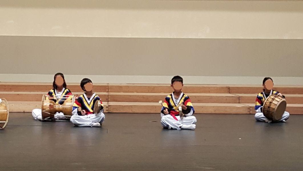 [일반] 포천교육가족 문화예술동아리 발표회 사물놀이 공연의 첨부이미지 2