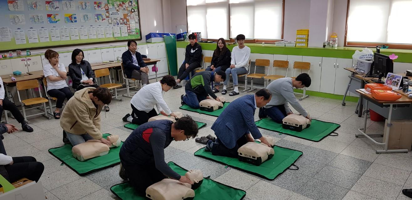 [일반] 2019 교직원 심폐소생술 교육(10.16)의 첨부이미지 4